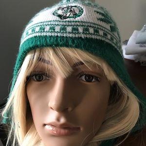 Boston Bruins winter knit hat
